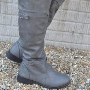 Stormy Nights Boots